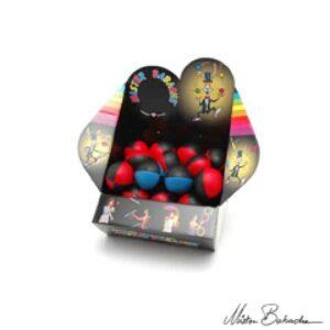 Présentoir Grand - Boîte incluant 32 balles à grains 130g Nappa - Couleurs foncées-0